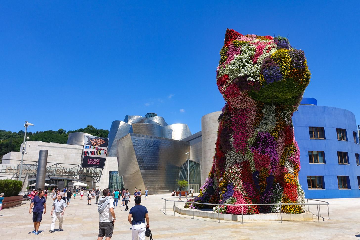 'Puppy' van de Amerikaanse kunstenaar Jeff Koons